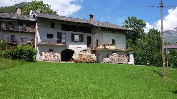 Casa tradizionale in alta Valchiusella