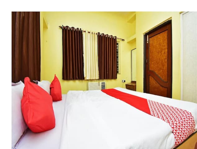 Deluxe Room | Make You Feel At Home | Bolpur