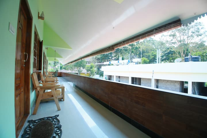A room for 4 Persons at Thekkady