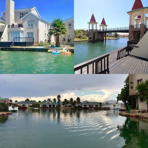 Waterside Holiday Apartment - Jeffreys Bay - Apartment
