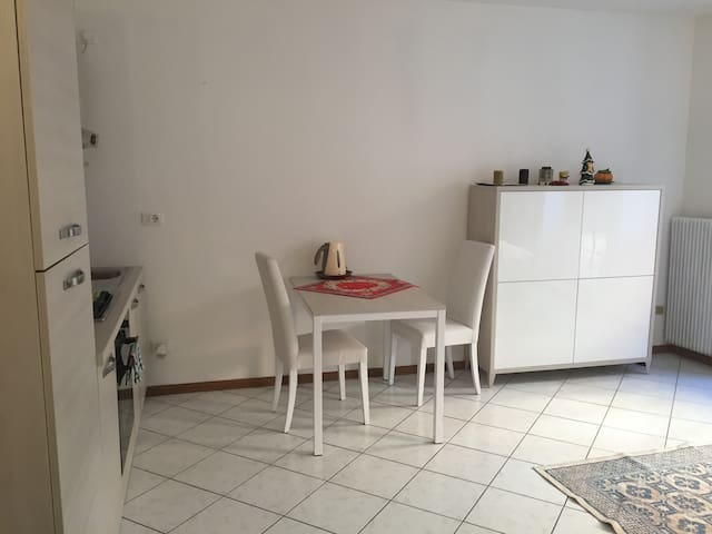 In the hearth of downtown Trento - Trento - Apartamento