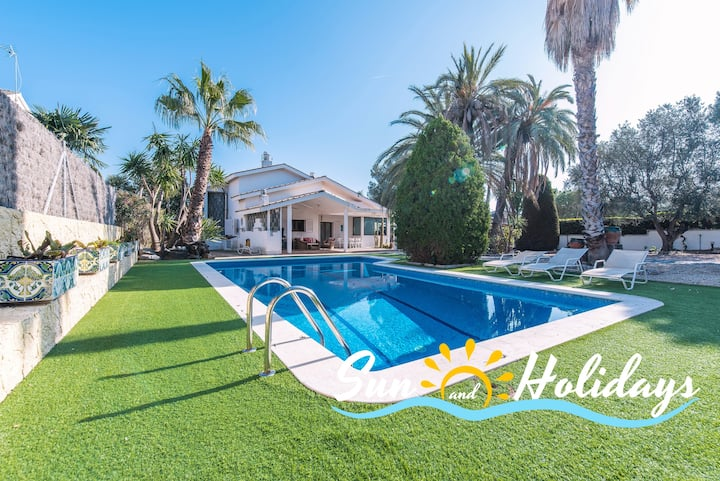 Villa Priorat para 9-11 personas con piscina