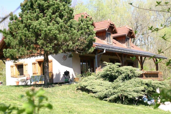 Chambre près de Genève et d'Annecy B