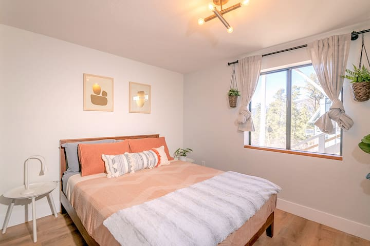 Bedroom #3 with a calming and peaceful view of the mountains.