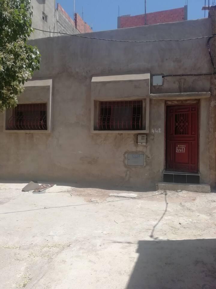 Maisonnette  au village SIDI TAIBI. Route de Rabat