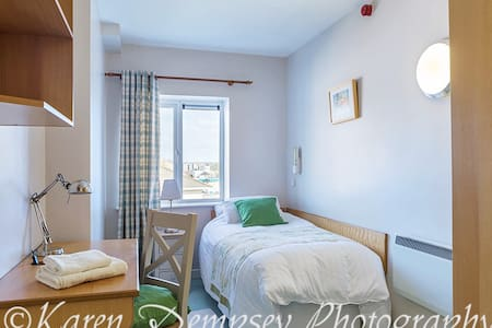 Waterford City Centre budget  Accommodation