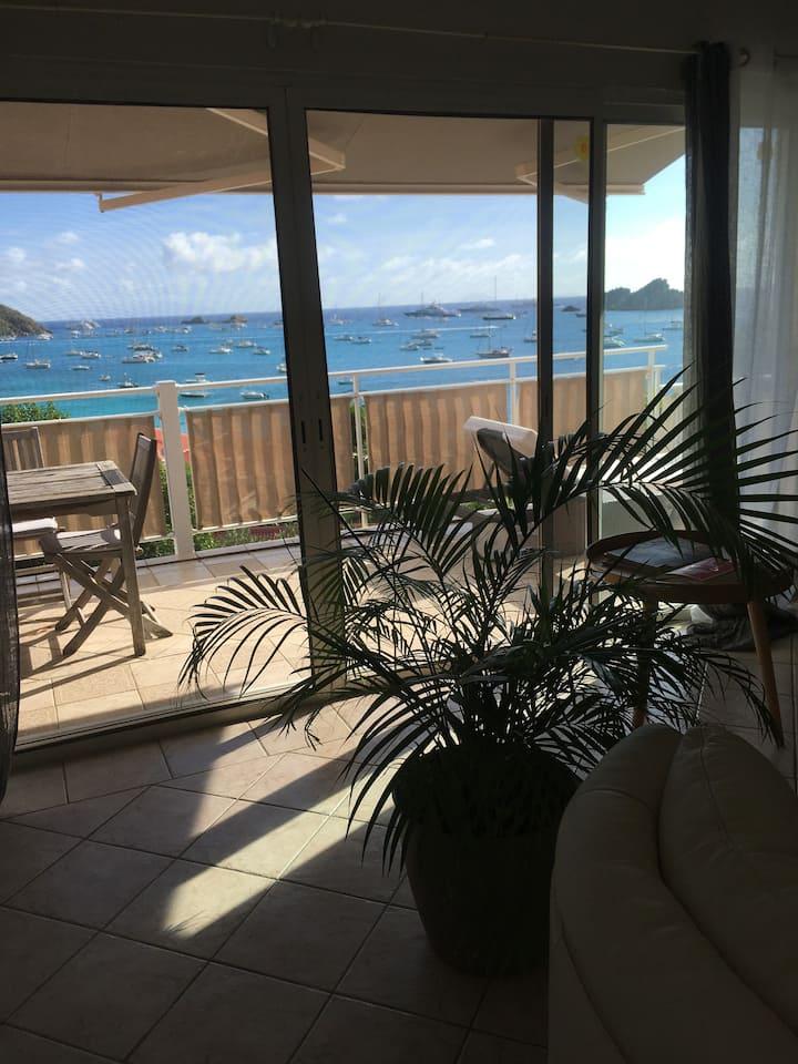 """Villa """"Sea breeze"""" vue magique sur l'océan"""