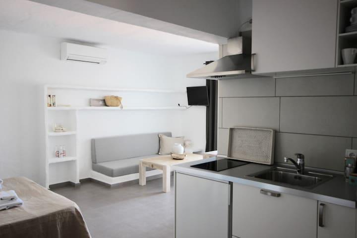 Studio 2 pax. Cala Vedella 33 - Sant Josep de sa Talaia - Apartment