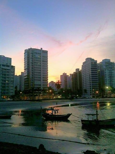 Apto a 100m da praia das Astúrias, Guarujá/SP!