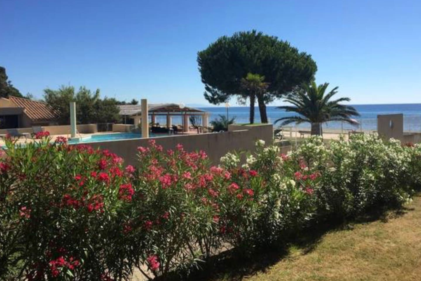 House Feet In The Water Apartments For Rent In San Giovanni
