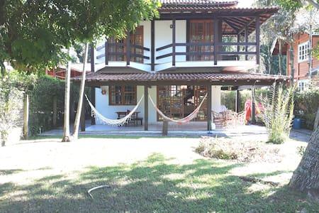 Casa em  Praia Privativa e segurança .