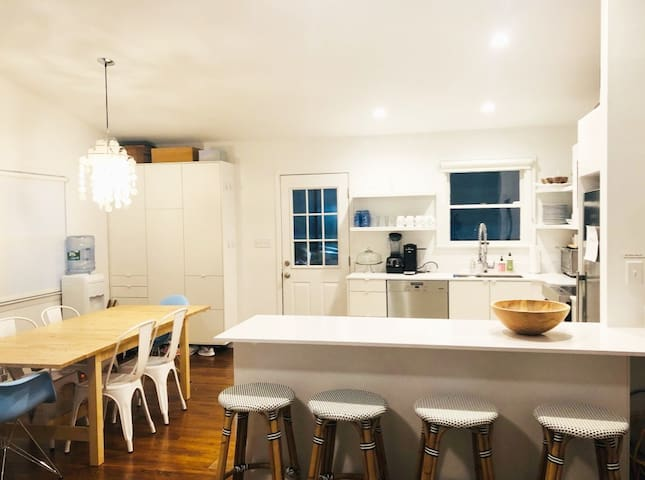 Bright Renovated Beach House w/ New Pool+Spa & A/C