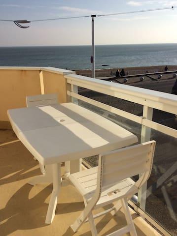 T2 face mer à St-Marc-sur-Mer près de La Baule