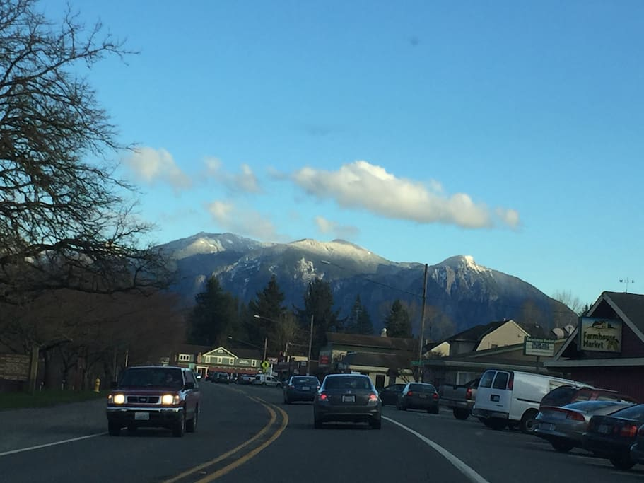 View of Mt. Si from Fall City's Main Street, about three blocks away.
