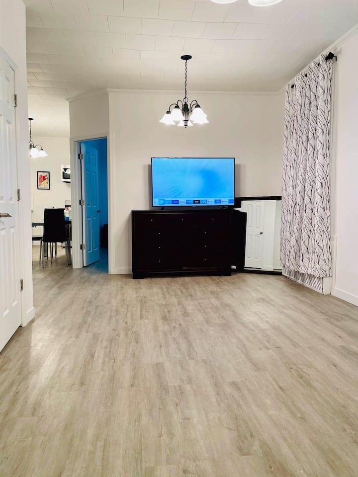 Entire 1 Bedroom Apartment Gorgeous