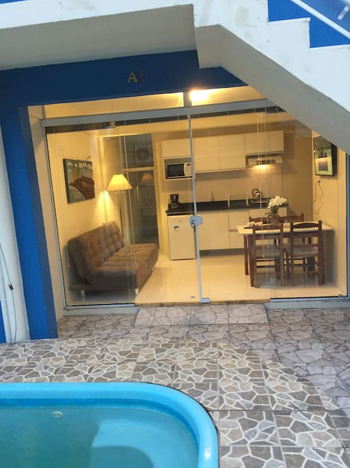 Apartamento Térreo  A-1 c/piscina, 100m da praia