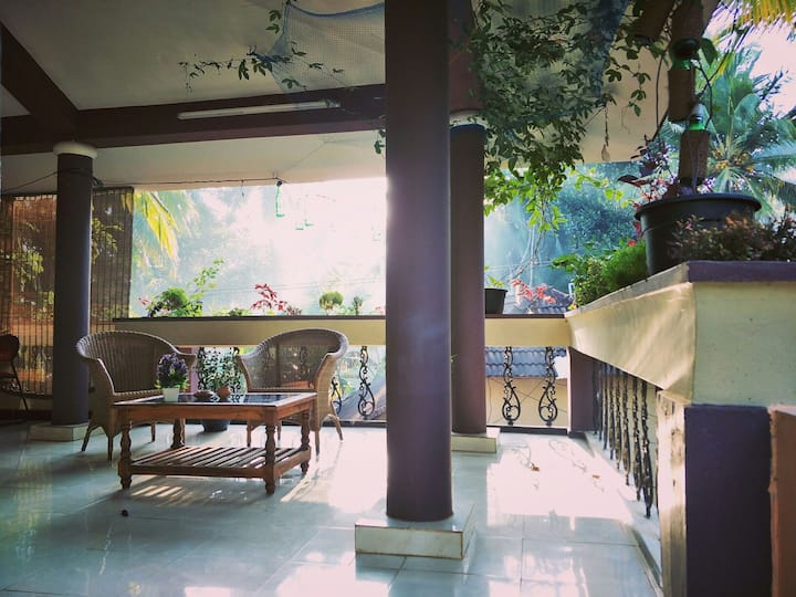 The Banyan Hut R1 AC