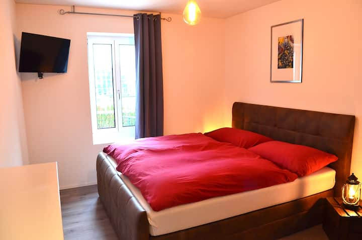 "Guesthouse Meitschi Thun - Doppelzimmer ""Mönch"""