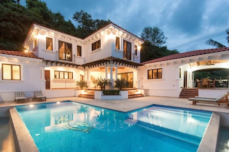 Luxury Ocean Front TuscanVilla With Full Time Chef