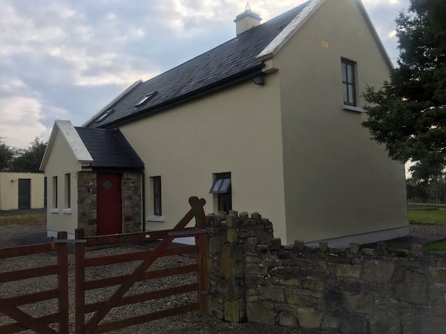 Cosy cottage in rural East Clare