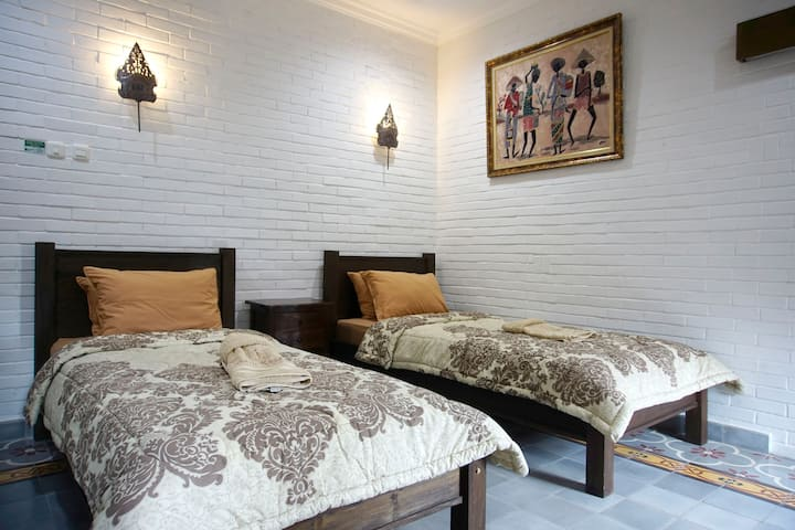 Standard Room At Satu Kayen Guest House