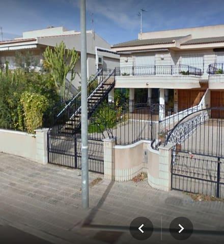 Casa con parcela en Los Narejos. - Los Alcázares - Casa