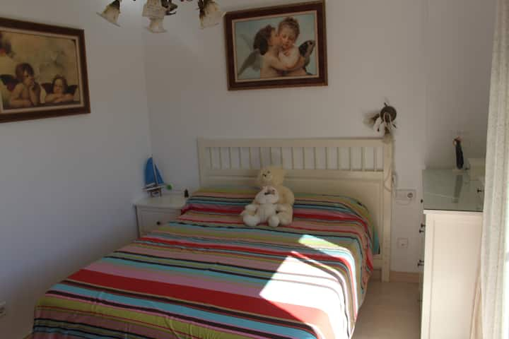 Double bed near Mar Menor, pool on your terrace