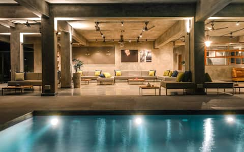 Stylish 2 Bedroom Apartment in Nerul with Pool