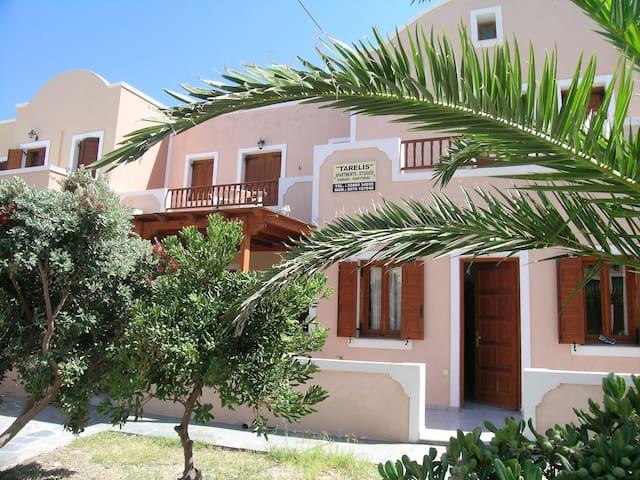 TARELIS STUDIOS - Kamari - Apartment