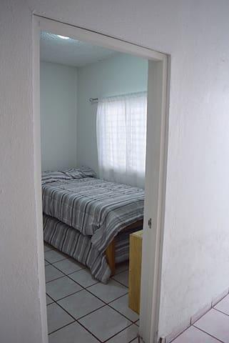 Rec. 2 con dos camas individuales