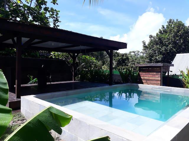 Maison familiale + piscine sur Moorea