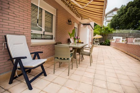 Flat with terrace and swimming pool - Noja