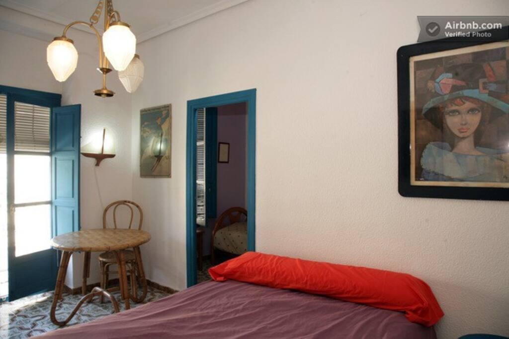 maison cit arts wi fi chambres d 39 h tes louer valence valence espagne. Black Bedroom Furniture Sets. Home Design Ideas
