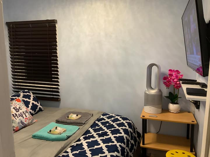 # 6 Private Room QUEEN bed 25min NYC by Hotel-Like