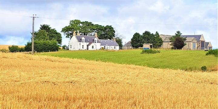 Baley Farmhouse Retreat - beautiful country views