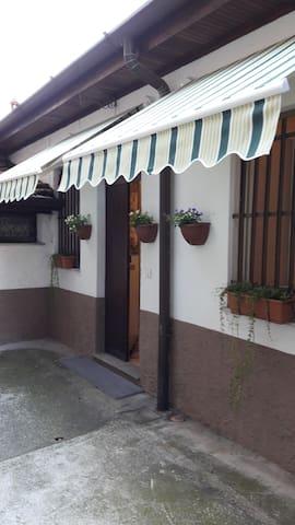 Casetta indipendente vicina al lago - Como - Casa