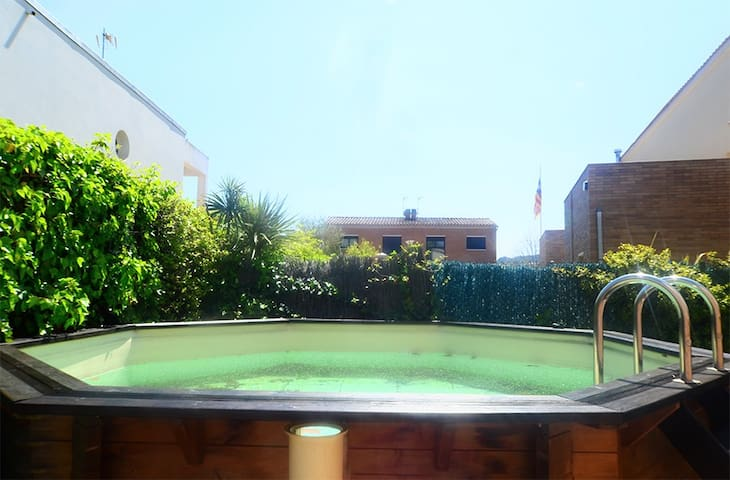 Beautiful house in the center of Santa Cristina with private pool ideal for small children - Santa Cristina d'Aro - Talo