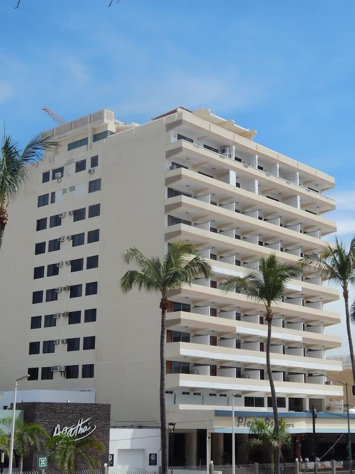 Habitación con servicios de hotel