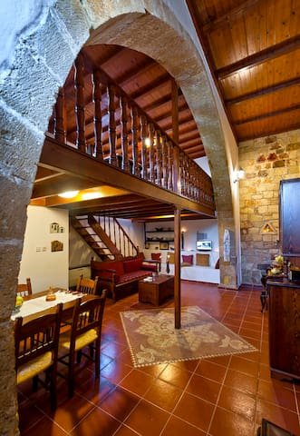 Traditional Cretan Stone House /2 - Kolymvari - House