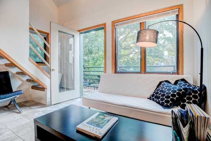 Cheerful 1BD w/loft & natural light - Boulder - Wohnung