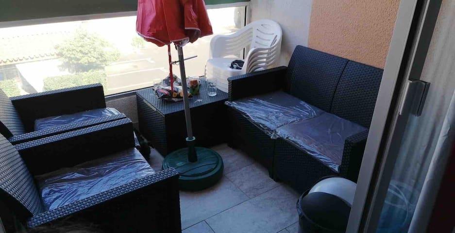Coquet studio climatisé plage Cap Agde