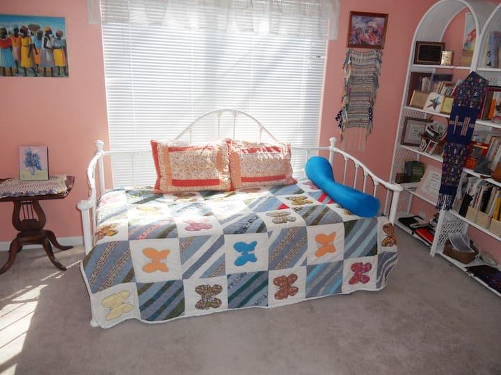 MorningstarHouse, monthly single room- open soon!