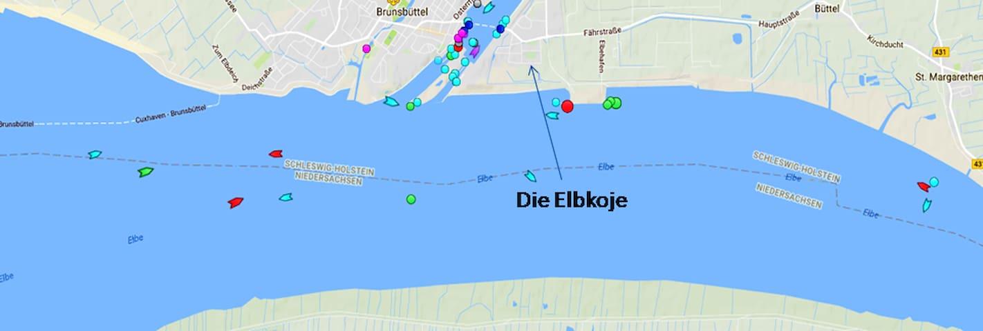 Den Schiffsverkehr von und nach Hamburg vor der Tür