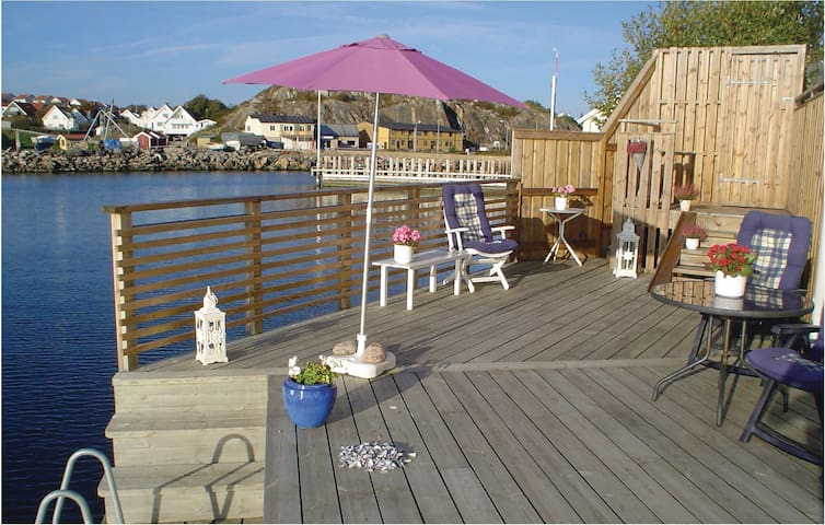 Holiday apartment with 1 room on 46m² in Skärhamn