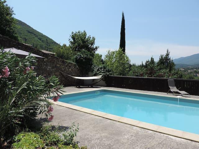 Les châtaigniers d'Olargues  (Maison avec piscine)