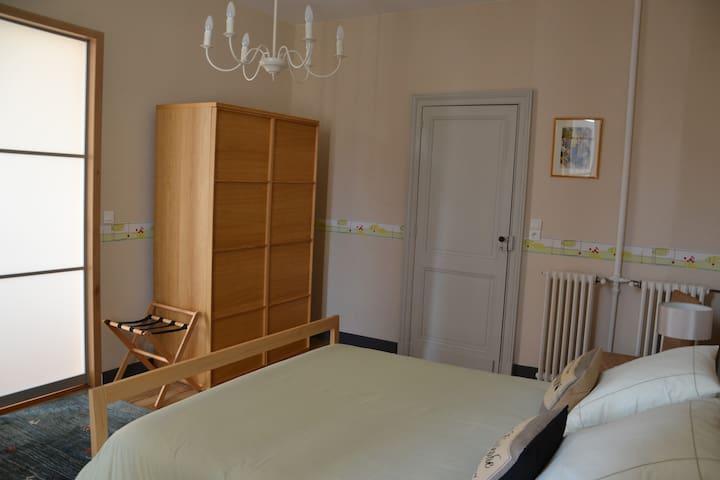 Notre chambre Gironde - La Roche-Chalais - Bed & Breakfast