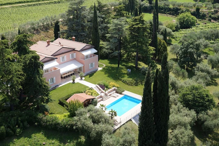 Villa Costasanti - Luxury Holiday Villa Lake Garda - Lazise - Villa