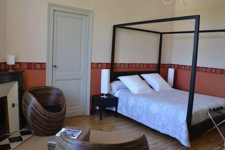 Suite parentale Dordogne - La Roche-Chalais