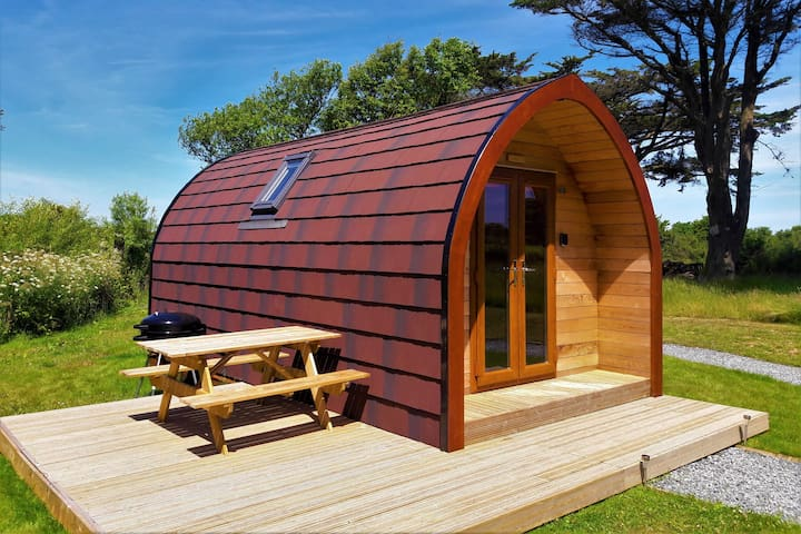 Wren - Cosy, Contemporary Cabin with en-suite