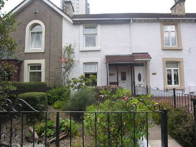 Room to rent for Commonwealth Games - Glasgow - House